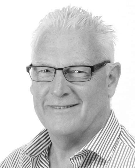 Stewart Irvine BSc, Dip AAS, MARC, MRIBA: Technical Director