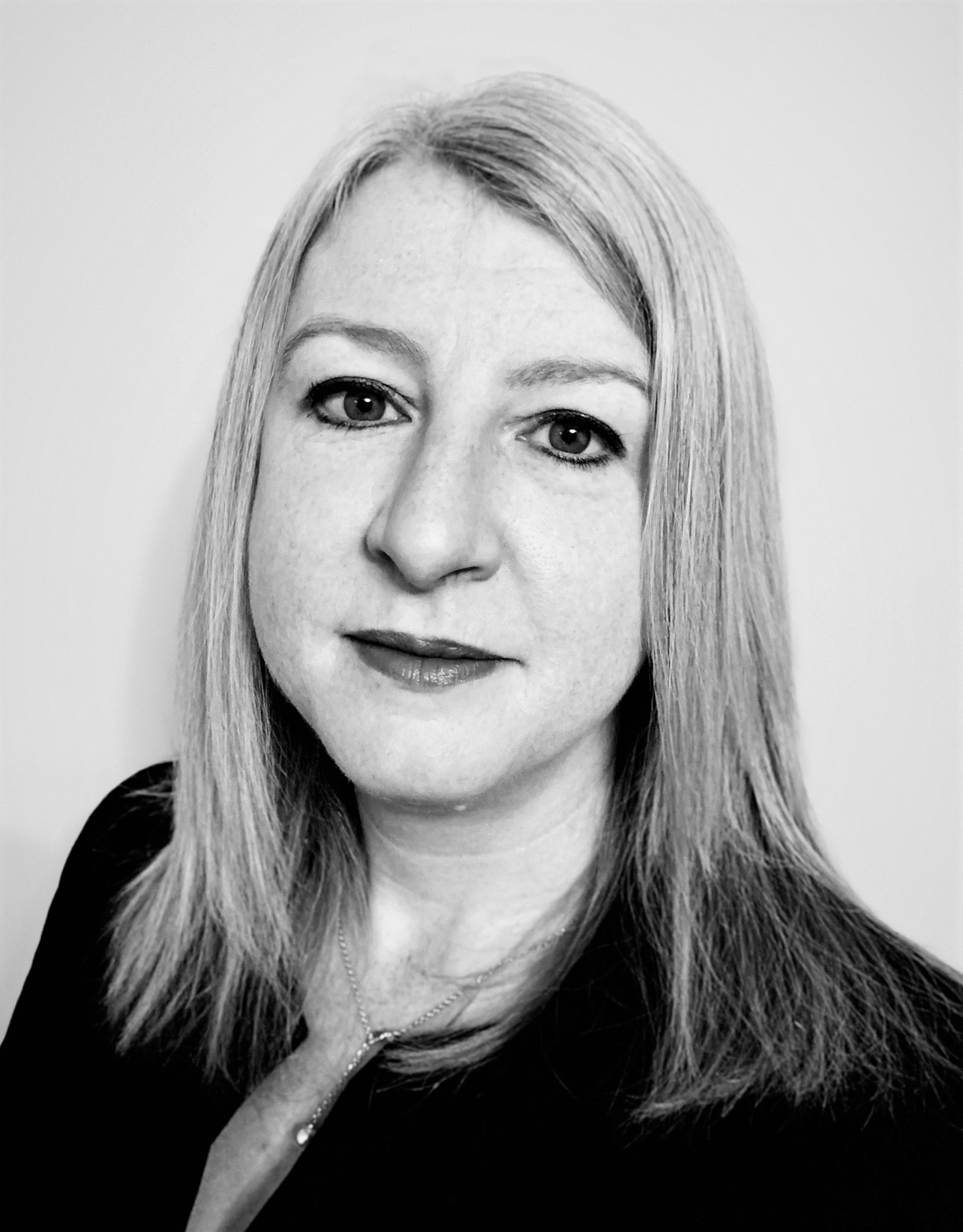 Emma Bolton MSc, BA(Hons), FRICS: Area Director (Leeds / North East)